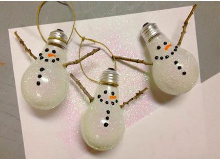 reciclando lâmpadas