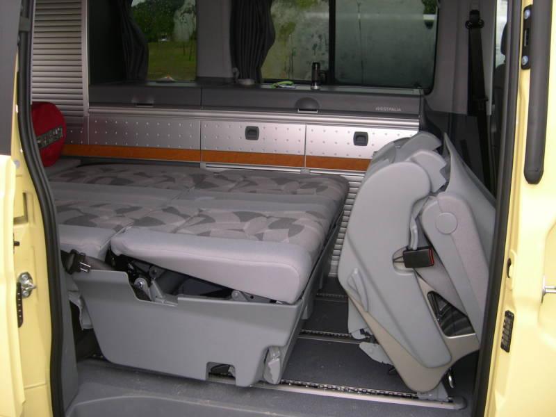banquette suppl mentaire 2 places et couchage c 39 est possible. Black Bedroom Furniture Sets. Home Design Ideas