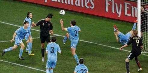 وأوروجواي 2010 Germany Uruguay live g311.jpg
