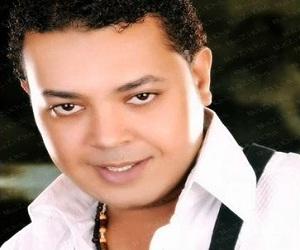 محمود الحسيني نفسي احضنك دلوقت 2012 الأغنية MP3