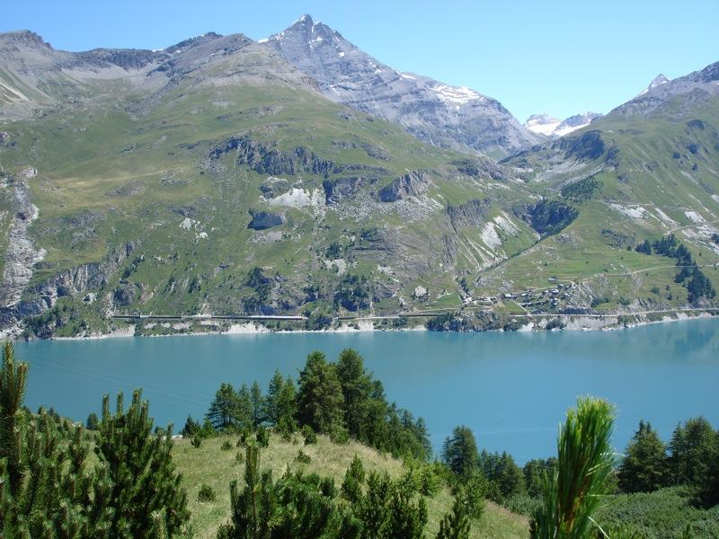 Tignes le lac tignes les boisses - Lac du chevril ...