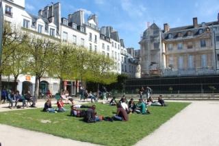 Le square Léonor Fini dans Léonor Fini image10