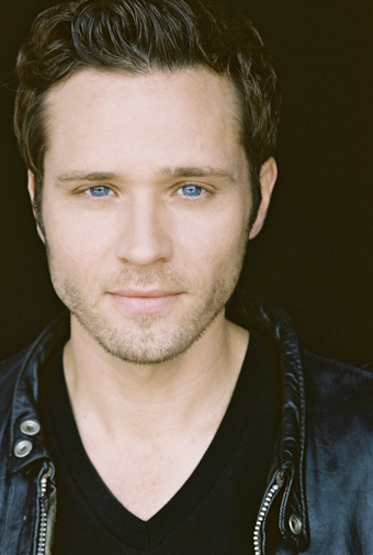 Seamus Dever - Photo Colection