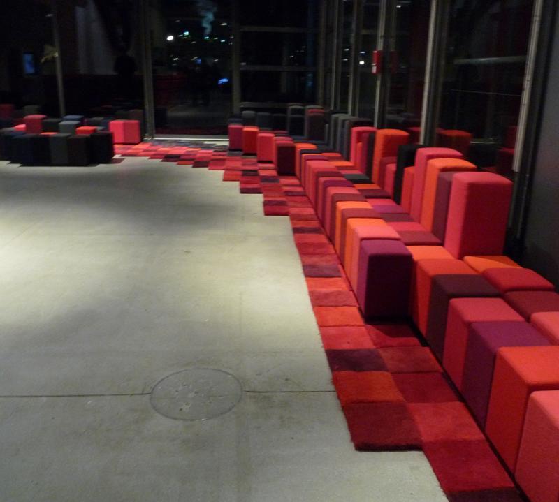 fauteuil do lo rez by ron arad tit thomas. Black Bedroom Furniture Sets. Home Design Ideas