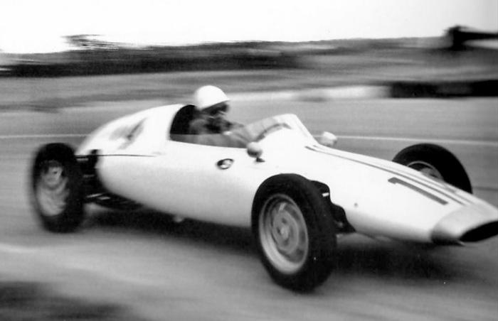 1959f111.jpg