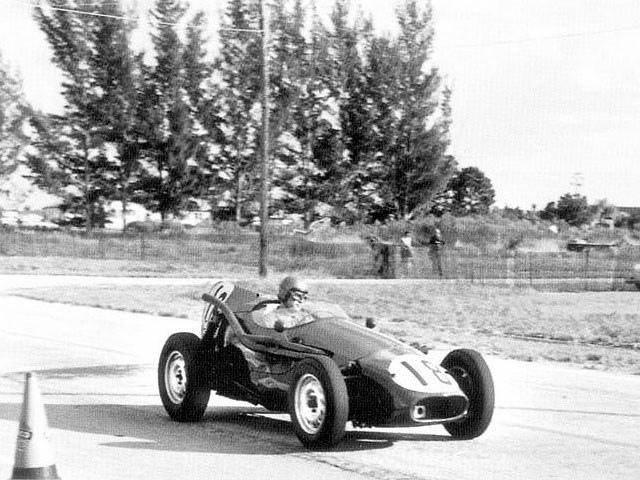1959f113.jpg