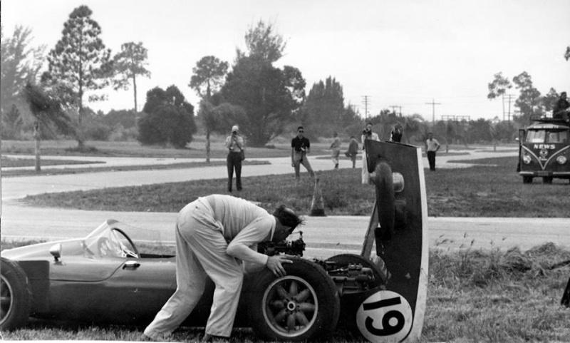 1959f121.jpg