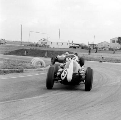 1959f122.jpg
