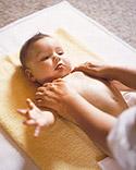 32807 10 طريقة Massage مساج للاطفال) مع الصور خطوه خطوه والشرح كافي