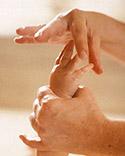 32815 10 طريقة Massage مساج للاطفال) مع الصور خطوه خطوه والشرح كافي