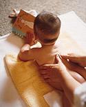 32824 10 طريقة Massage مساج للاطفال) مع الصور خطوه خطوه والشرح كافي