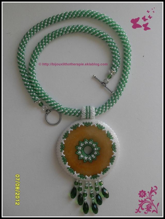 collier aragonite