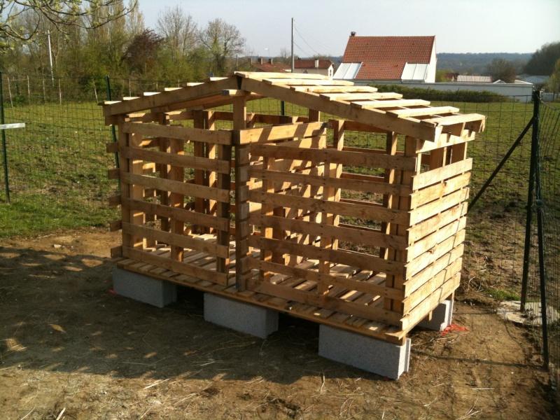 Mon premier poulailler en mat riaux de r cup ration palettes - Construction en palette de bois ...
