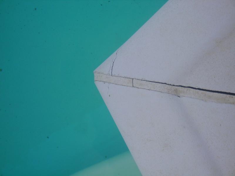 Probl mes joints de margelles for Joint margelle piscine