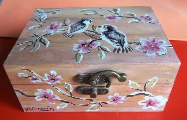 peinture sur m tal verre bois faience porcelaine soie etc page 30. Black Bedroom Furniture Sets. Home Design Ideas