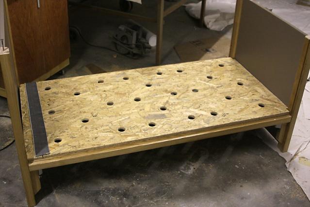 fabrication un lit en fr ne et m dium pour jeune enfant page 2. Black Bedroom Furniture Sets. Home Design Ideas