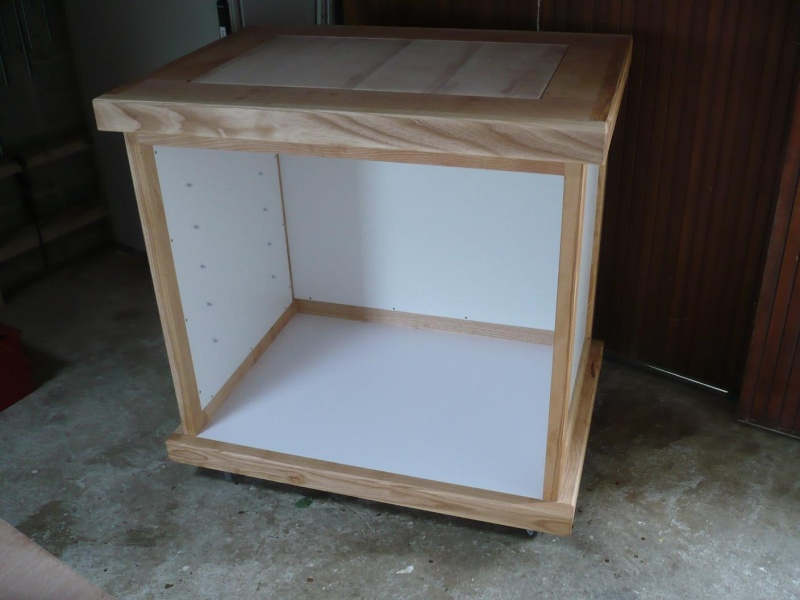 R alisation d 39 un meuble support pour scie onglet page 3 for Huiler un meuble