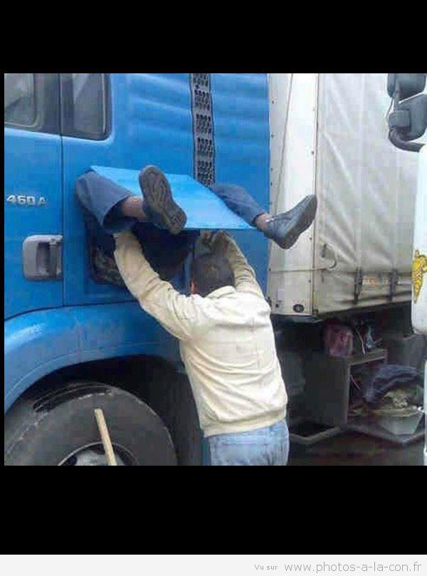 http://i35.servimg.com/u/f35/17/27/77/35/camion10.jpg