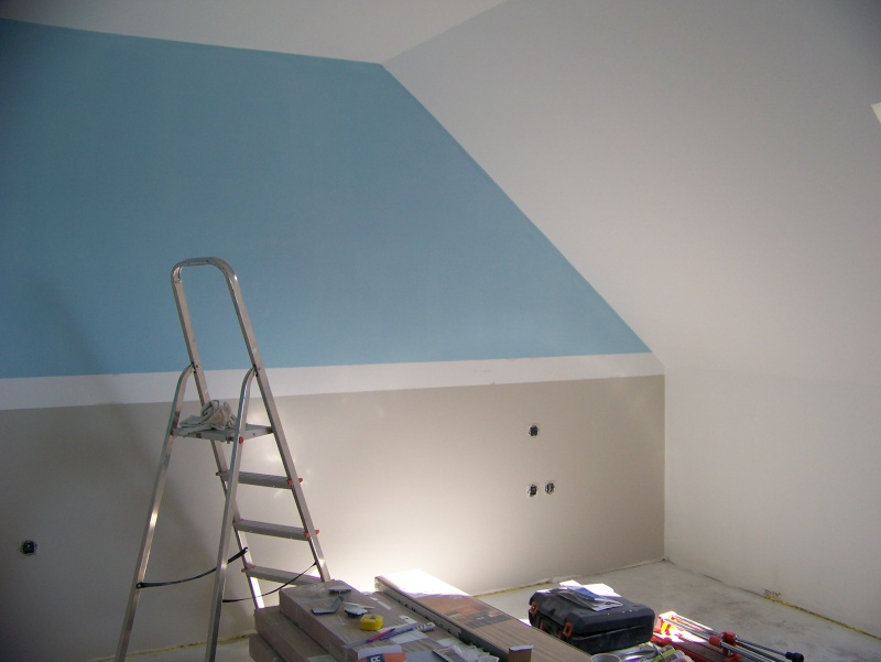 Awesome Exemple Peinture Chambre Mansardee Pictures - House Design ...