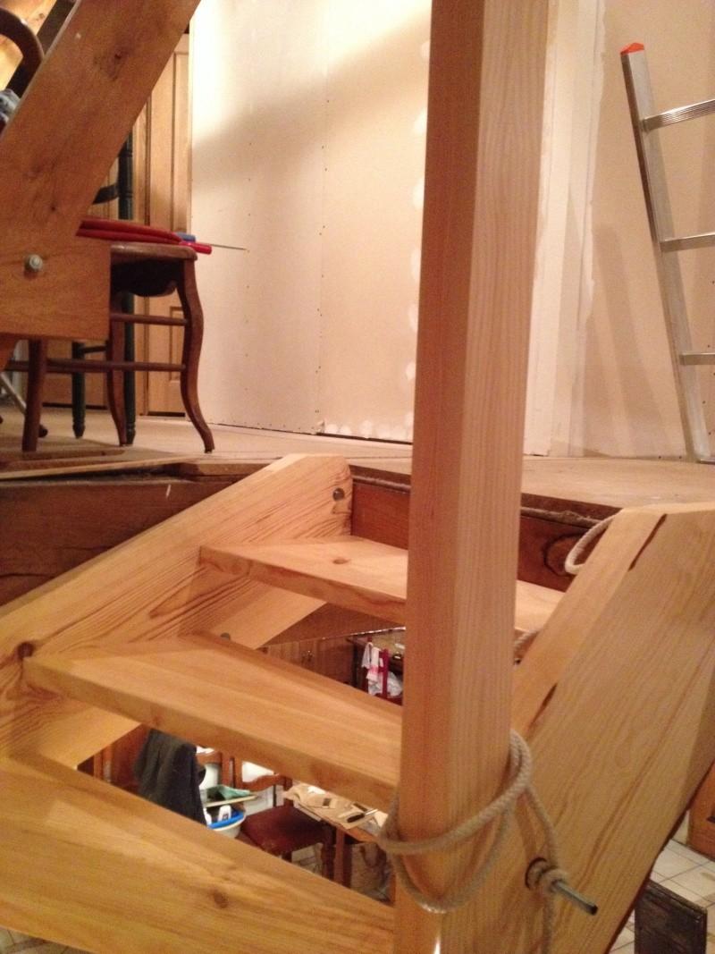 escalier provisoire devenu d finitif en pin sylvestre double balancements page 4. Black Bedroom Furniture Sets. Home Design Ideas