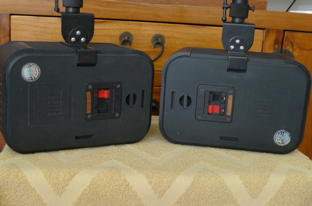 Jbl Control 1 Monitor Speakers With Wall Mount Brackets