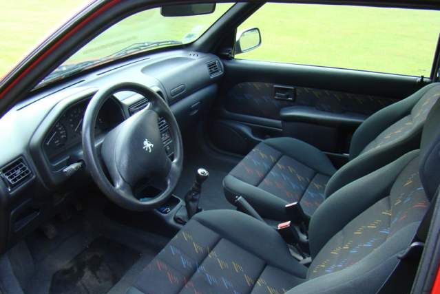 Rch interieur 106 sport for Interieur 106 sport