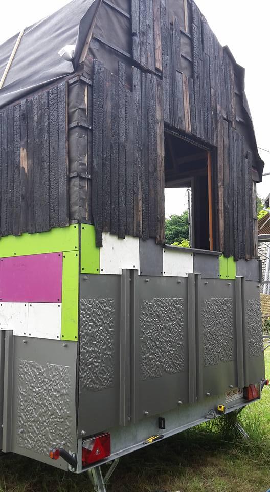 forum association les copeaux tiny house la rosalie maison en ossature bois sur une remorque. Black Bedroom Furniture Sets. Home Design Ideas